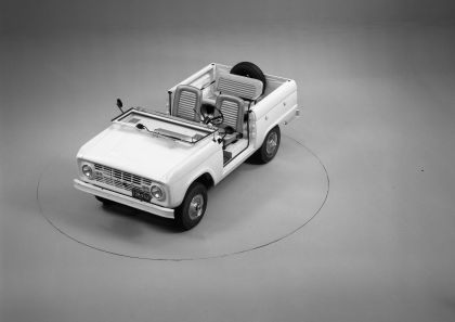 1966 Ford Bronco roadster 13
