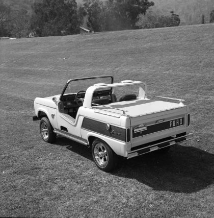 1966 Ford Bronco Dunes Duster concept 23