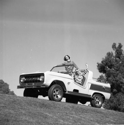 1966 Ford Bronco Dunes Duster concept 27