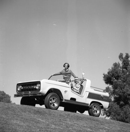 1966 Ford Bronco Dunes Duster concept 28