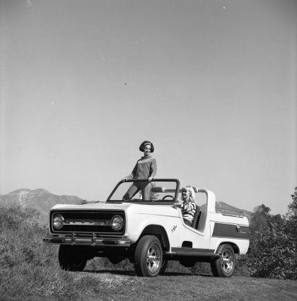 1966 Ford Bronco Dunes Duster concept 30