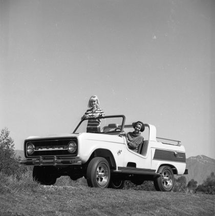 1966 Ford Bronco Dunes Duster concept 32