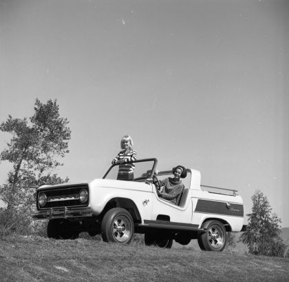 1966 Ford Bronco Dunes Duster concept 33