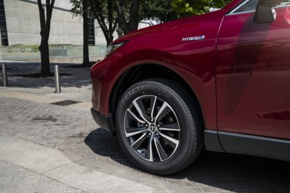 2021 Toyota Venza LE 13