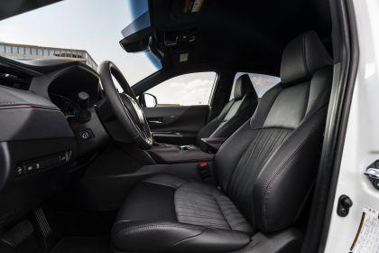 2021 Toyota Venza XLE 22