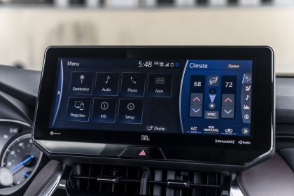 2021 Toyota Venza XLE 26