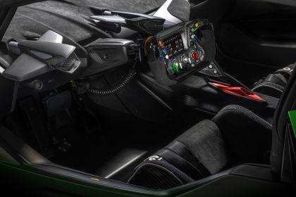 2021 Lamborghini Essenza SCV12 17
