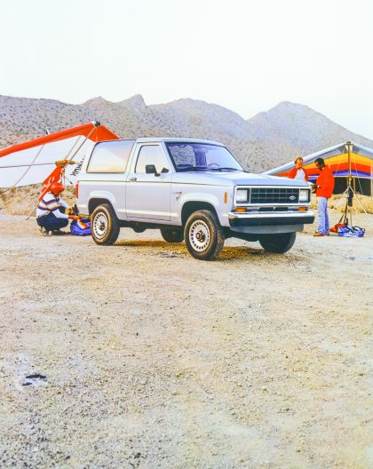 1986 Ford Bronco II 3
