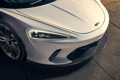 2020 McLaren GT by Novitec 10