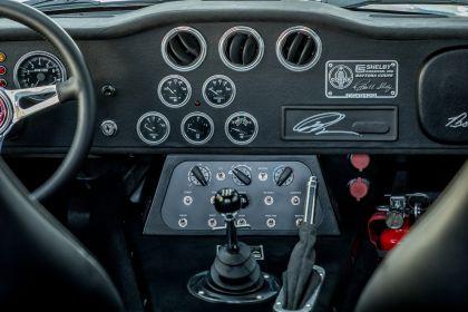 2019 Superformance CSX 9129 40