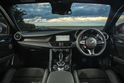 2020 Alfa Romeo Giulia Quadrifoglio - UK version 25
