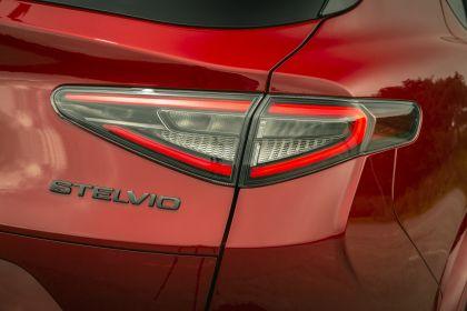 2020 Alfa Romeo Stelvio Quadrifoglio - UK version 32