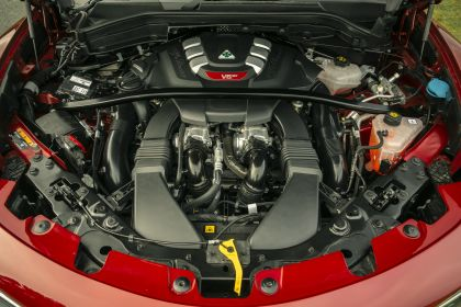 2020 Alfa Romeo Stelvio Quadrifoglio - UK version 33
