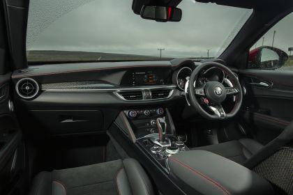 2020 Alfa Romeo Stelvio Quadrifoglio - UK version 36