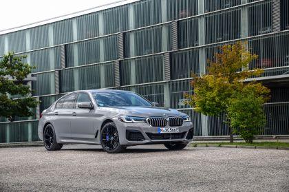 2021 BMW 545e ( G30 ) xDrive sedan 5