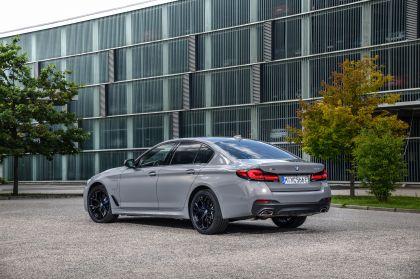 2021 BMW 545e ( G30 ) xDrive sedan 6