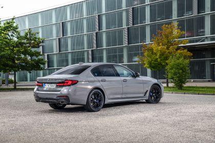 2021 BMW 545e ( G30 ) xDrive sedan 7