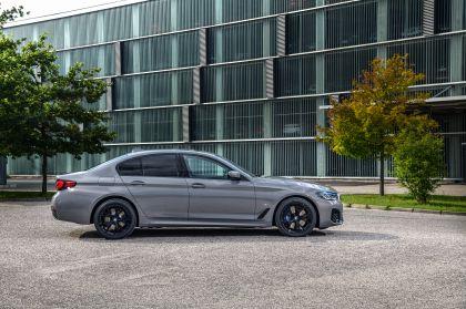 2021 BMW 545e ( G30 ) xDrive sedan 9