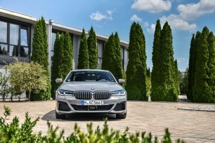 2021 BMW 545e ( G30 ) xDrive sedan 14