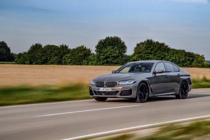 2021 BMW 545e ( G30 ) xDrive sedan 26