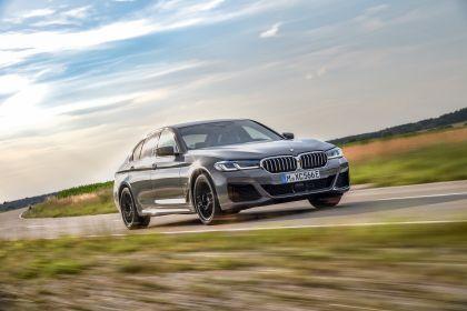 2021 BMW 545e ( G30 ) xDrive sedan 33