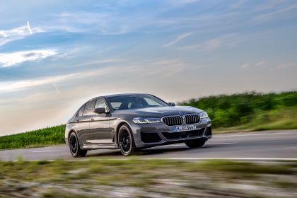 2021 BMW 545e ( G30 ) xDrive sedan 38