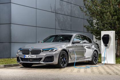 2021 BMW 545e ( G30 ) xDrive sedan 47