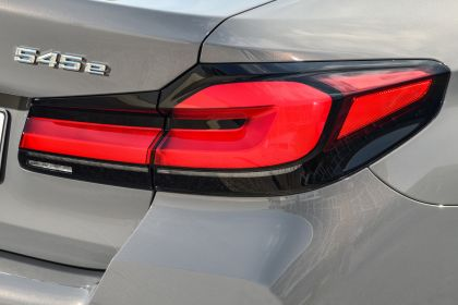 2021 BMW 545e ( G30 ) xDrive sedan 53