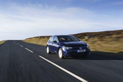 2020 Volkswagen Golf ( VIII ) Life - UK version 11