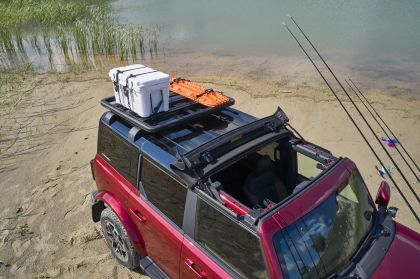 2020 Ford Bronco 4-door Outer Banks Fishing Guide concept 2