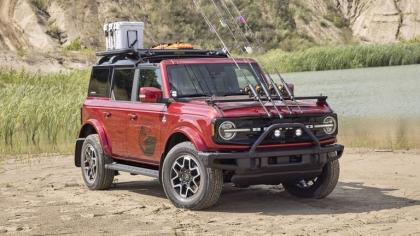2020 Ford Bronco 4-door Outer Banks Fishing Guide concept 6