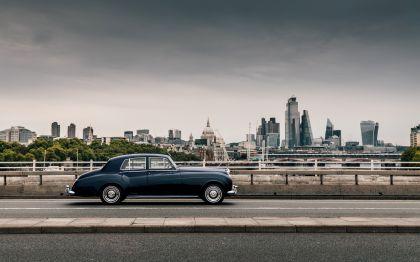 2020 Rolls-Royce Silver Cloud by Lunaz 2