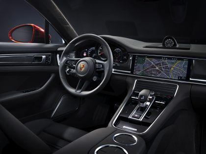 2021 Porsche Panamera Turbo S 8