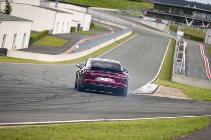 2021 Porsche Panamera Turbo S 26