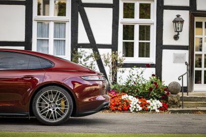 2021 Porsche Panamera Turbo S 36