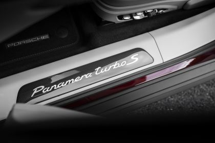 2021 Porsche Panamera Turbo S 61