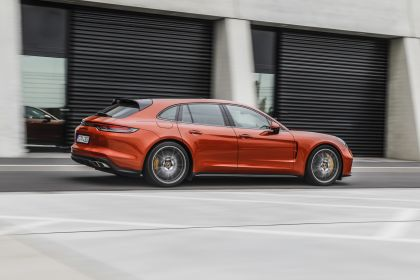 2021 Porsche Panamera Turbo S Sport Turismo 16
