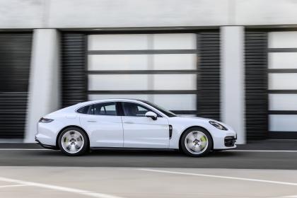 2021 Porsche Panamera 4S E-Hybrid 4
