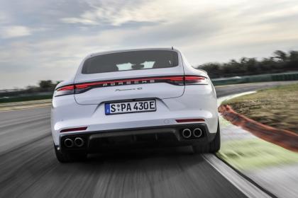 2021 Porsche Panamera 4S E-Hybrid 9