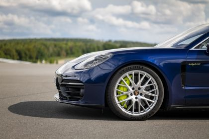2021 Porsche Panamera 4S E-Hybrid 26