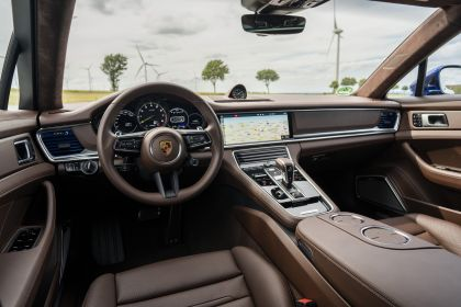 2021 Porsche Panamera 4S E-Hybrid 38