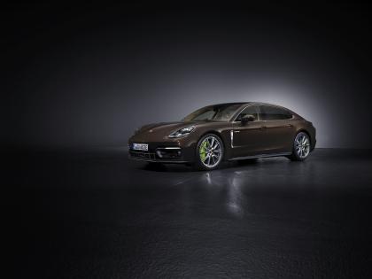 2021 Porsche Panamera 4S E-Hybrid Executive 1
