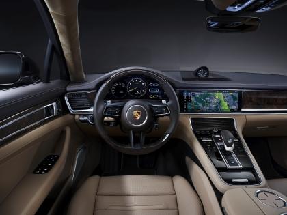 2021 Porsche Panamera 4S E-Hybrid Executive 7