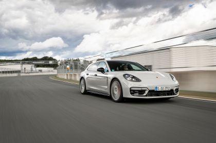 2021 Porsche Panamera GTS Sport Turismo 10
