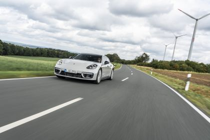 2021 Porsche Panamera GTS Sport Turismo 23