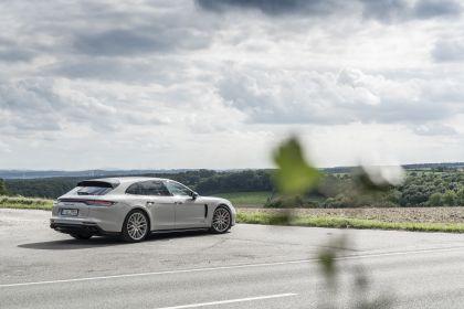 2021 Porsche Panamera GTS Sport Turismo 32