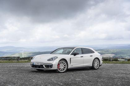 2021 Porsche Panamera GTS Sport Turismo 35