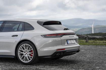 2021 Porsche Panamera GTS Sport Turismo 43