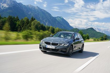 2021 BMW 330e ( G21 ) Touring 1