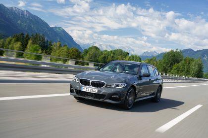 2021 BMW 330e ( G21 ) Touring 2
